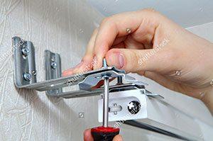 Installation Hands